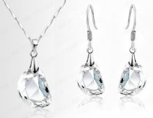 Clarise Crystal Pendant Necklace and Earrings Set